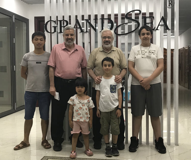 customers with GRANDSEA